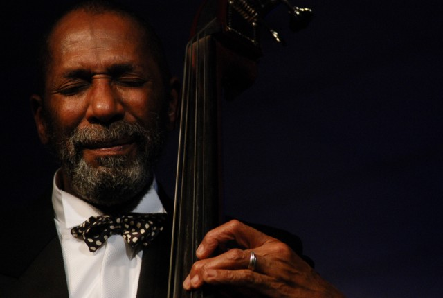 ST, Ron_Carter_photo_1